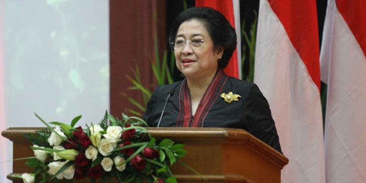 Pidato Lengkap Megawati sebagai Doktor HC di Unpad