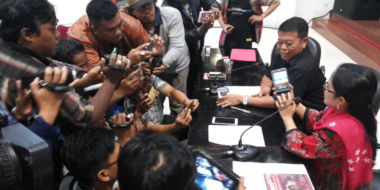 Kampanye Negatif Serang Djarot, Ini Penjelasan Ketua PDIP Jatim