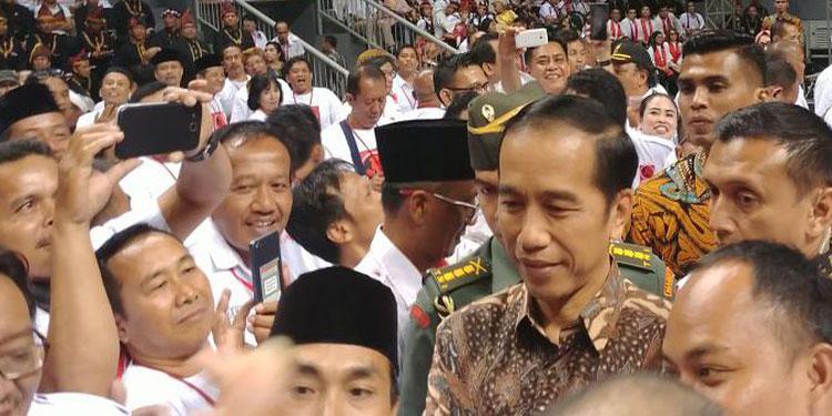 Bagi PDIP, Kehadiran Jokowi di Rakernas Projo Bentuk Silaturahim