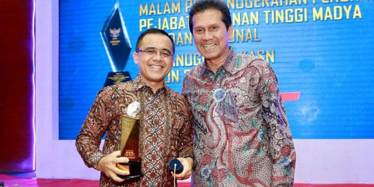 Pemkab Banyuwangi Sabet Anugerah Pengelola Aparatur Sipil Negara Terbaik