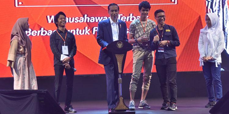 Sempat 'Shock', Jokowi Akui Martabak Anaknya Lebih Unggul 'Brand Value'