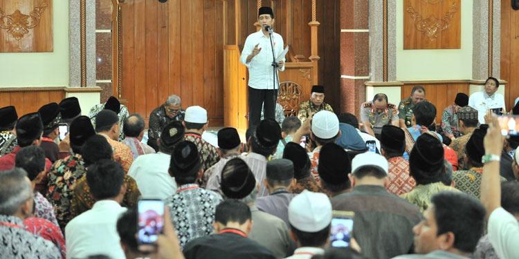 Jokowi Mengaku Pernah Diinterogasi 4 Mata Soal PKI
