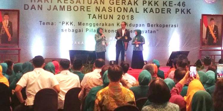 Iriana Ulang Tahun, Jokowi Beri Kado Durian Seharga Rp 256.000