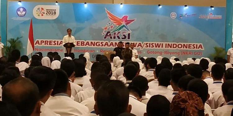 Jokowi Ajak Siswa Sekolah se-Indonesia Ikut Luruskan Kabar Bohong