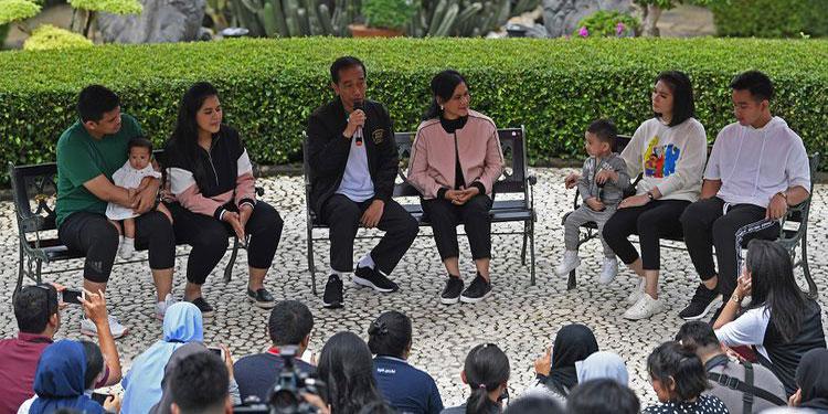 Jokowi dan Peran Keluarga Menjawab Hoaks