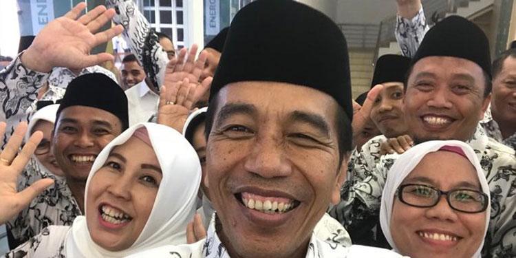 PP 49/2018 Diteken, Legislator: Wujud Perhatian Jokowi pada Pegawai Honorer
