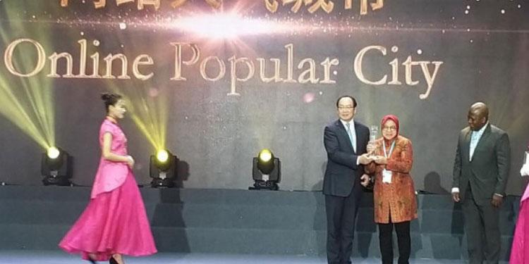 Surabaya Kota Terpopuler, Ini Program Unggulan Risma