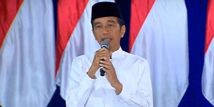 "Jokowi dan Iriana ""Nyoblos"" di TPS 008 Pukul 11.00"