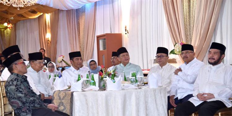 Rabu Malam, Jokowi-Ma'ruf Tinggalkan Prabowo-Sandi Hampir 16 Juta Suara