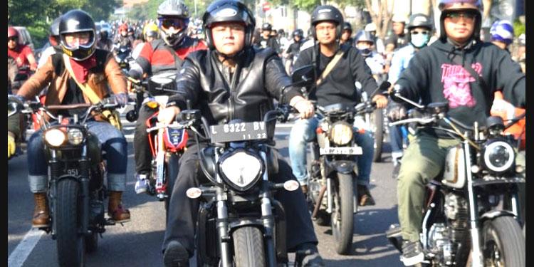 Bareng Komunitas Motor, Whisnu Marakkan 'Manasi Ride'