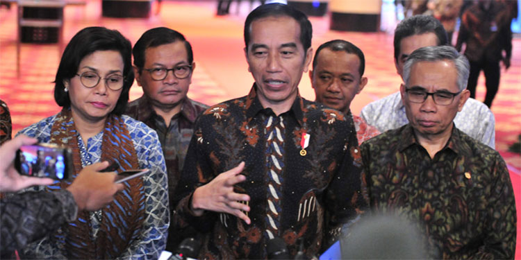 Dukung OJK, Jokowi Setuju Reformasi Lembaga Asuransi dan Dana Pensiun