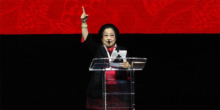 Megawati Ingatkan Kader PDIP Tak Jadi Politisi Populis
