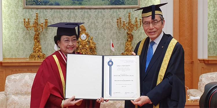 Universitas Soka Merasa Terhormat Bisa Anugerahkan DR HC kepada Megawati