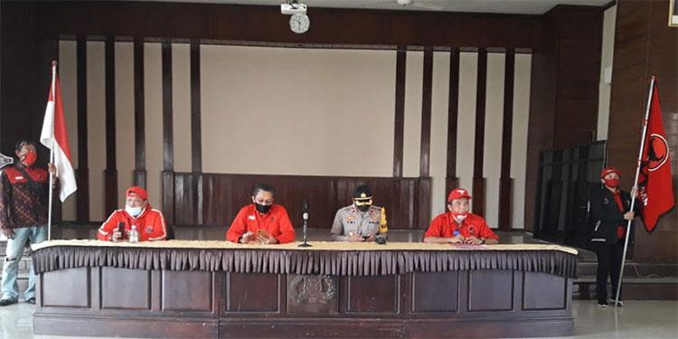 PDIP Nganjuk Percayakan Pengusutan Kasus Pembakaran Bendera ke Polri