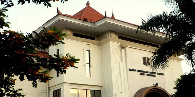 pdip-jatim-gedung-dprd-surabaya