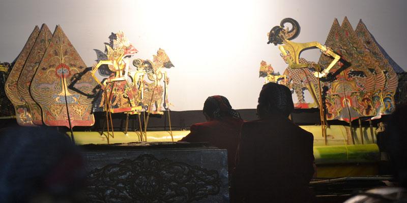 Gatotkoco Winisudo, Lakon Wayang Berkonteks Kekinian