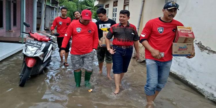pdip-jatim-dpc-kab-pasuruan-kunjungi-banjir