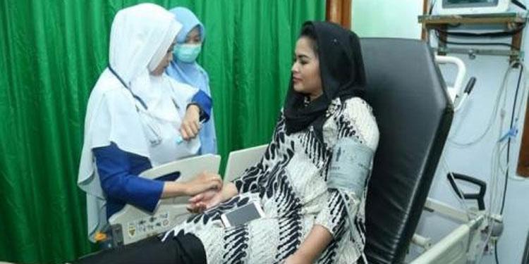 Pastikan Tetap Fit Selama Kampanye di Bulan Puasa, Puti Cek Kesehatan di RSI Aisyiyah