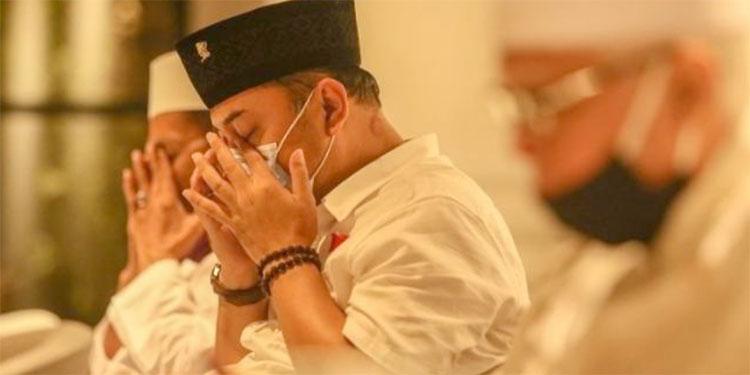 Doa Penutup Debat ke-2 Pilkada Surabaya Pertegas Eri Cahyadi Santri NU