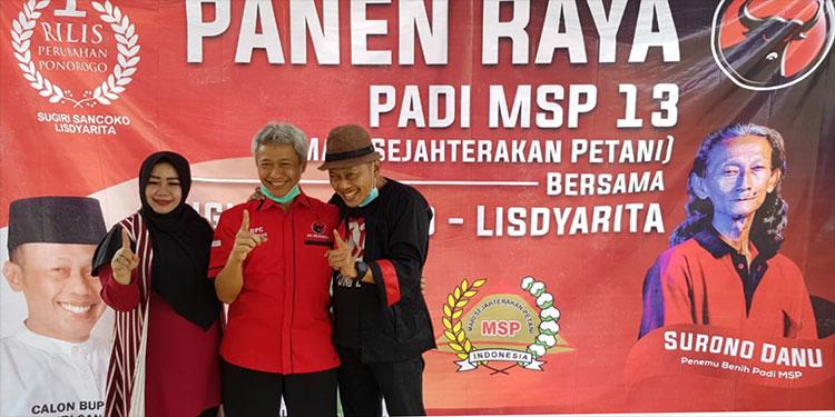 Dihadiri Paslon RiLis, DPC PDI Perjuangan Ponorogo Panen Raya Padi MSP